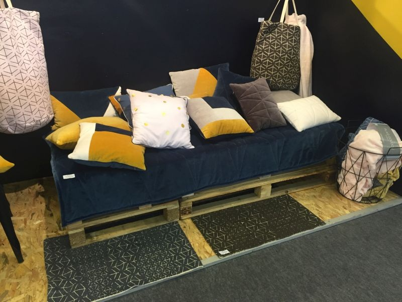 use decorative pillows to provide an excellent feel and look