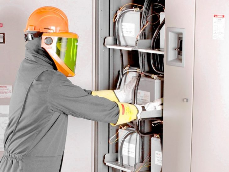 general responsibilities and required an electrical contractor - Responsibilities Of An Electrician